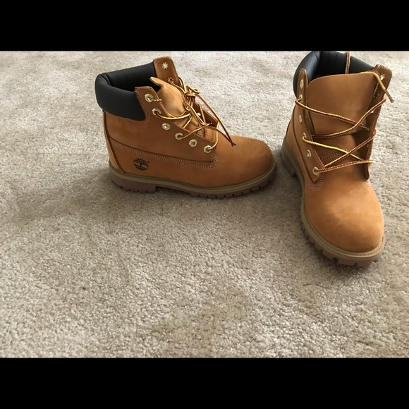 latest selection of 2019 online for sale discount coupon Classic Timbs (Timberland)